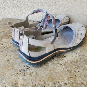Jambu Shoes - Jambu Apple Blossom Sandals Size 9M